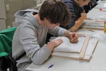 Technisches Zeichnen und Keramik